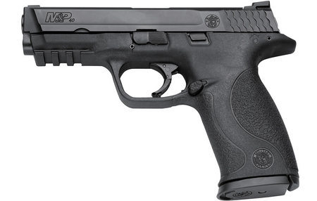 SMITH AND WESSON MP40 40 SW Centerfire Pistol with Magazine Safety and 3 Mags (LE)