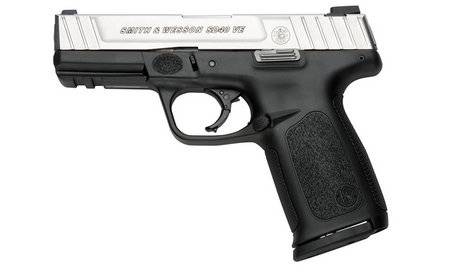 SMITH AND WESSON SD40 VE 40SW TWO-TONE CENTERFIRE PISTOL