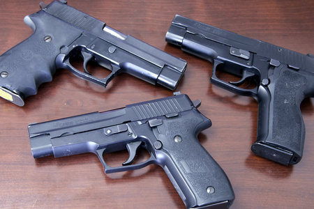 P226 9MM POLICE TRADE-IN PISTOLS