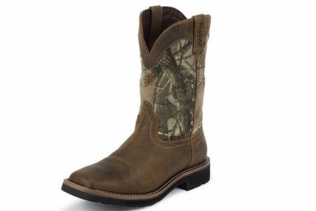MEN`S RUGGED TAN STAMPEDE WP WORK BOOTS