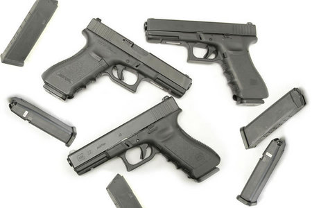 GLOCK 22 40SW POLICE TRADES WITH 3 MAGS (GEN3)