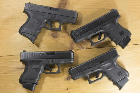 GLOCK 27 GEN3 40SW POLICE TRADE-INS (GOOD)