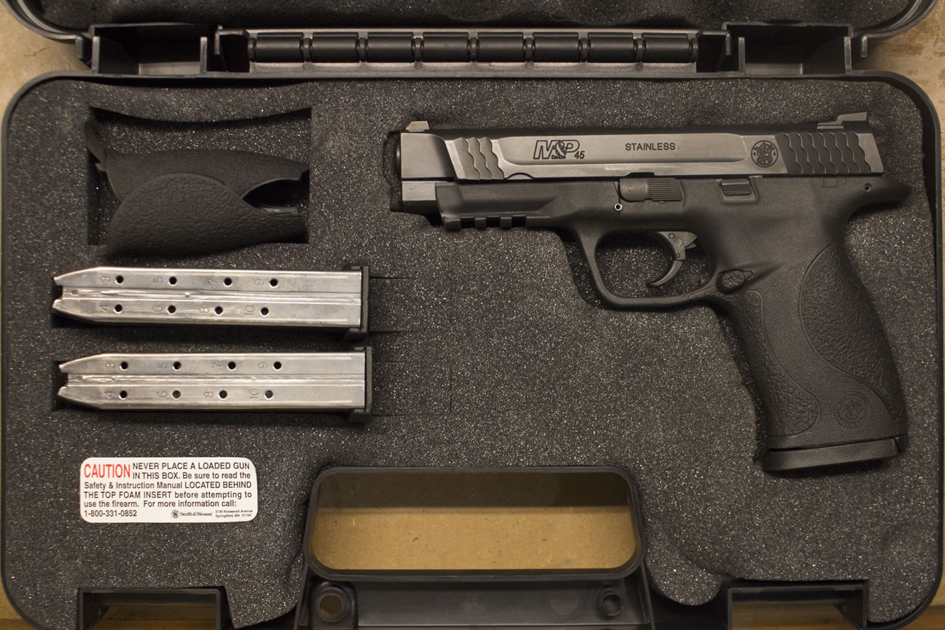 smith wesson m p45 45 acp police trade ins with 3 mags and rh sportsmansoutdoorsuperstore com Concealed Handgun Manual Concealed Handgun Manual