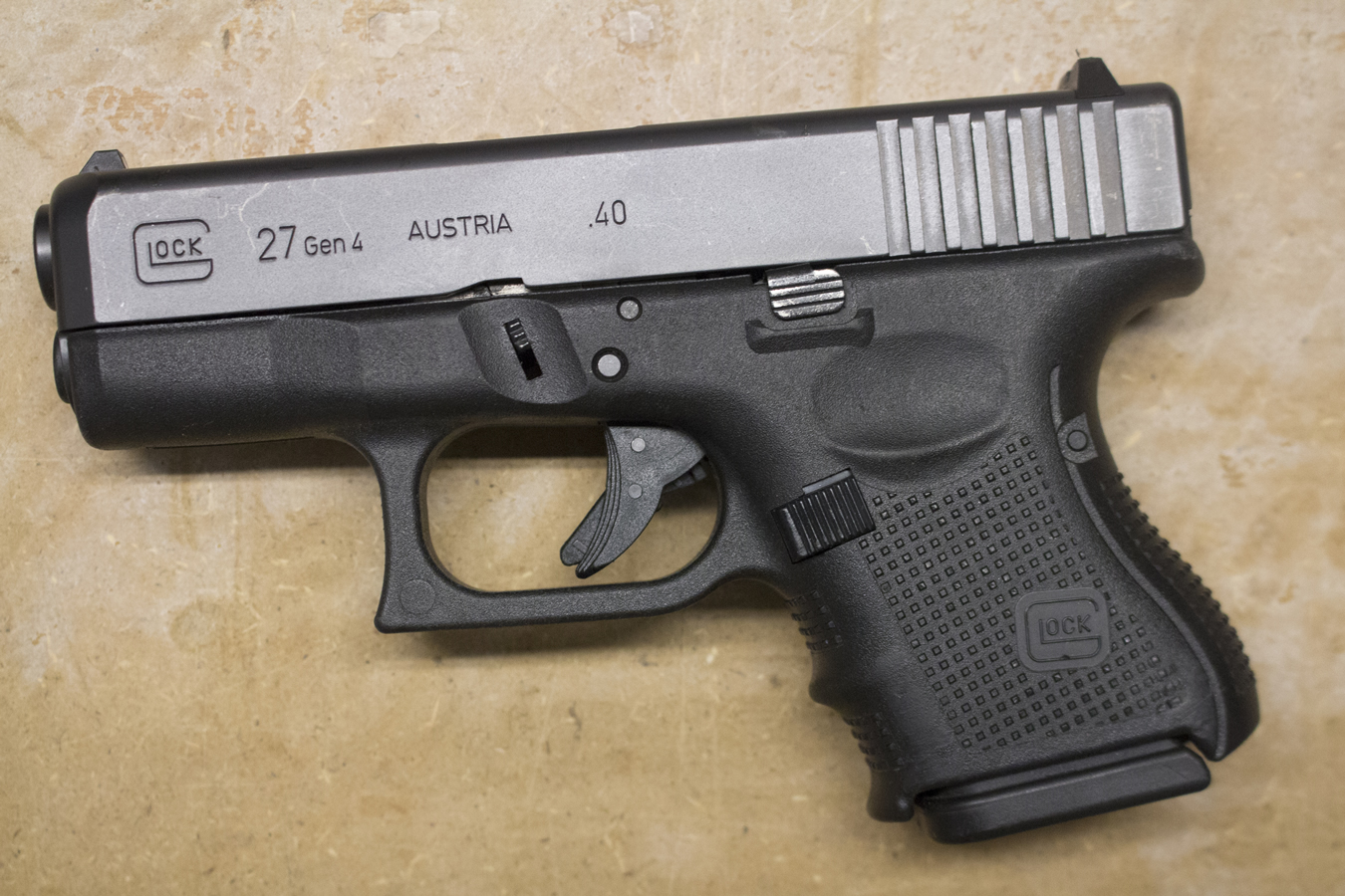 27 Gen4 40 S&W Police Trade-ins (Good Condition)