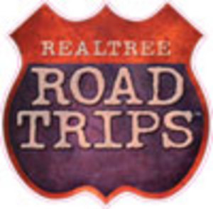 REALTREE ROAD TRIPS 4` X 4` LOGO DECAL