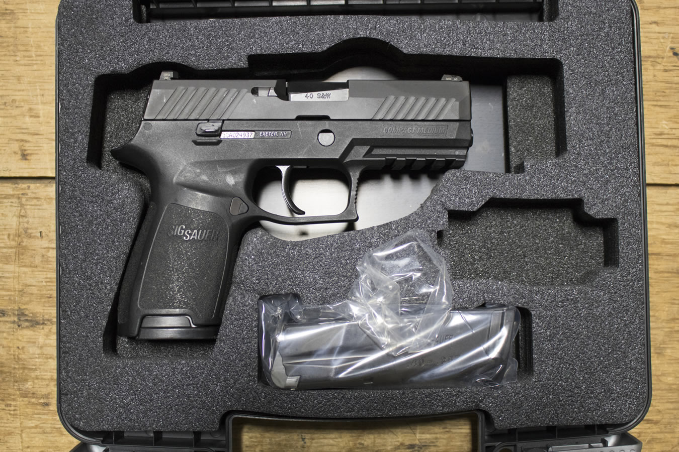 P320 COMPACT 40SW POLICE TRADES (GOOD)