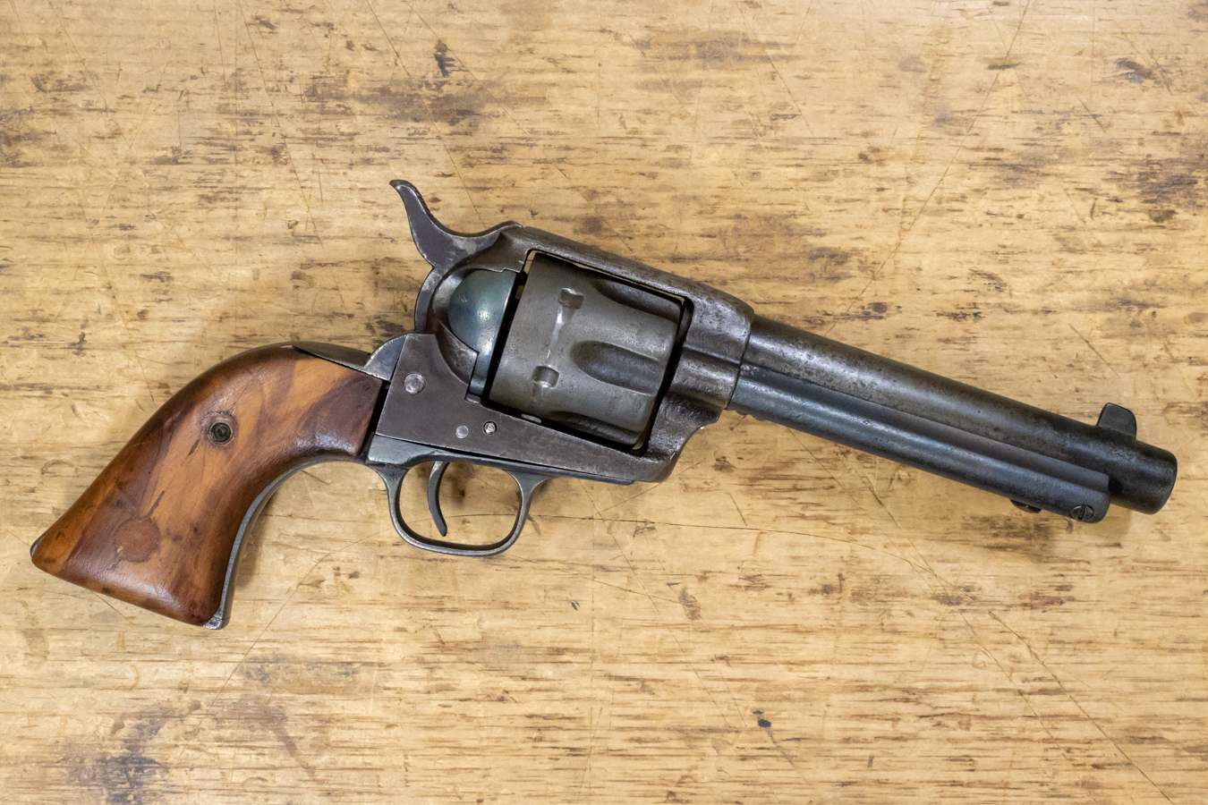 45 COLT SINGLE-ACTION ARMY