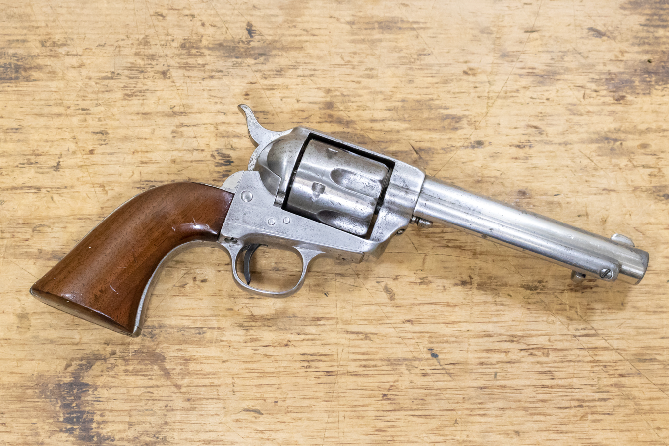 SINGLE ACTION ARMY 45 COLT USED REVOLVER