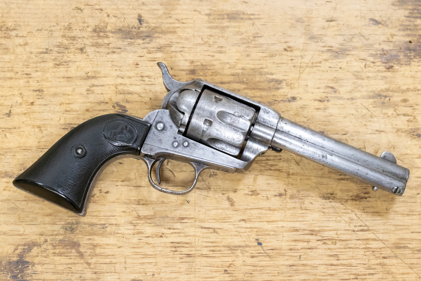 colt single action army 44 40 used single action revolver