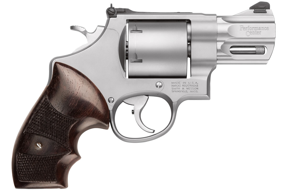 Smith & Wesson Model 629 Performance Center 44 Magnum 2.6-inch | Sportsman's Outdoor Superstore